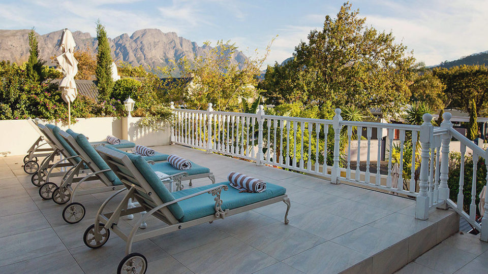 Pool and views of the Franschoek Mountains